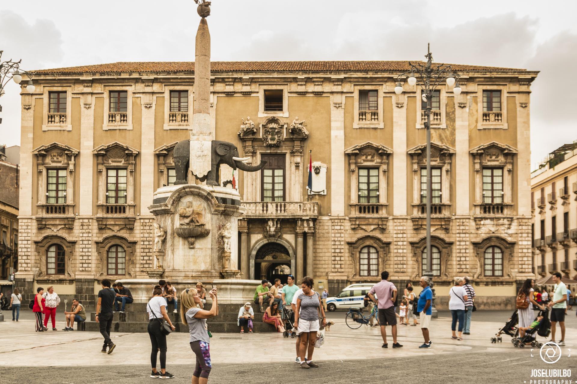 Fontana dell´Elefante, Italia, Palazzo Degli Elefanti, Palazzo Municipale, Piazza del Duomo,
